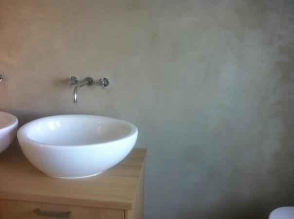 VERBAU badkamer. Beton-ciré in kleur op maat.