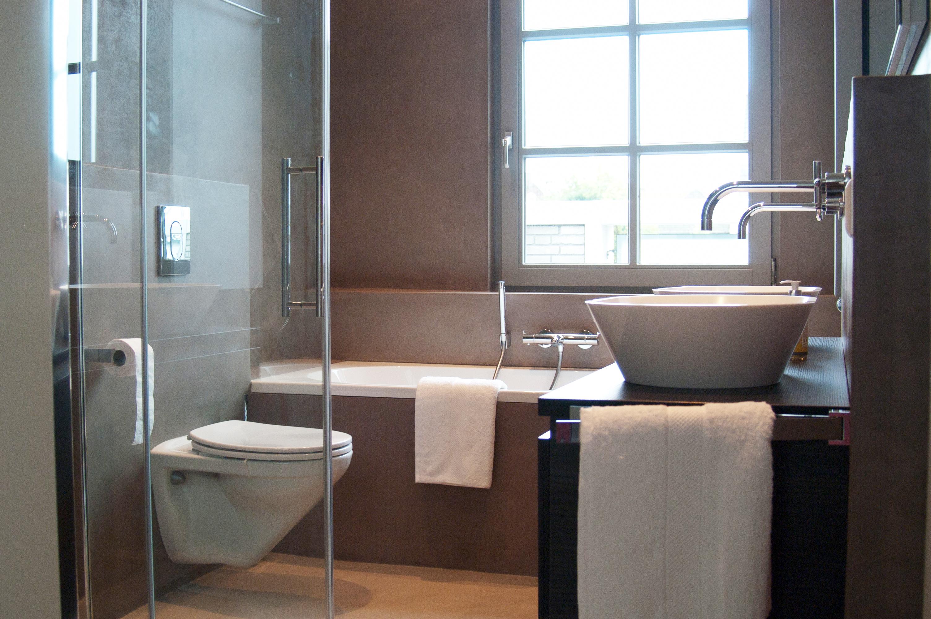 nl funvit badkamer wand ideeen