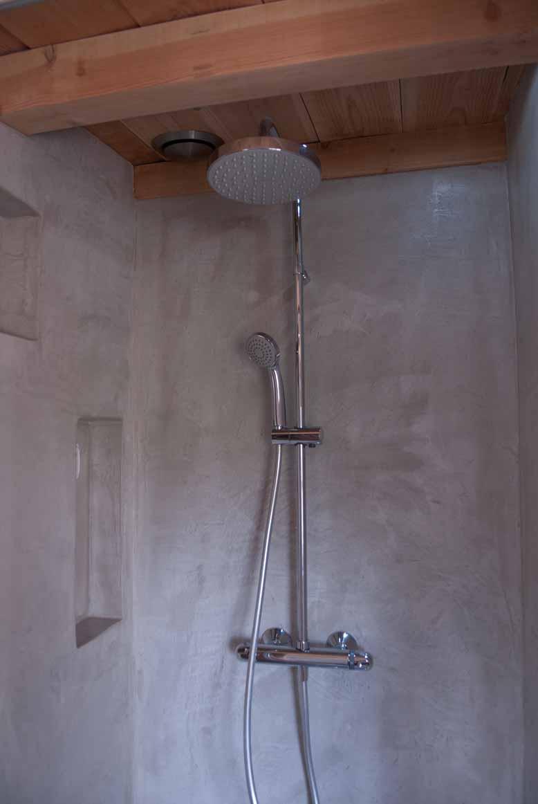 Badkamer, gastenverblijf boerderij Est. VERBAU-betonstuc | VERBAU