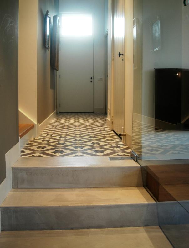 VERBAU-betonstuc_vloer+trap_#01:32steenkool