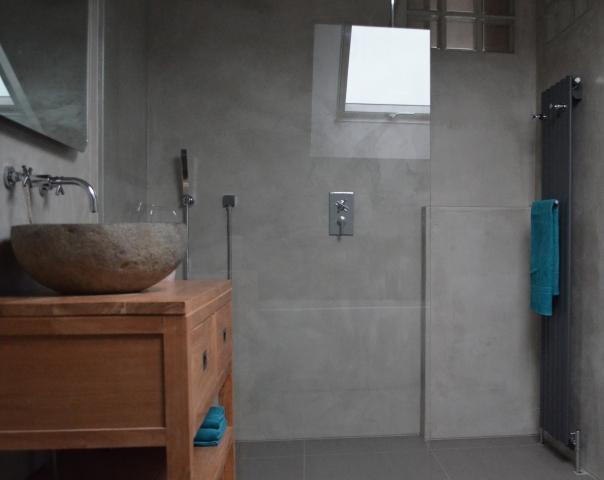 VERBAU-betonstuc_badk_07-4graniet3