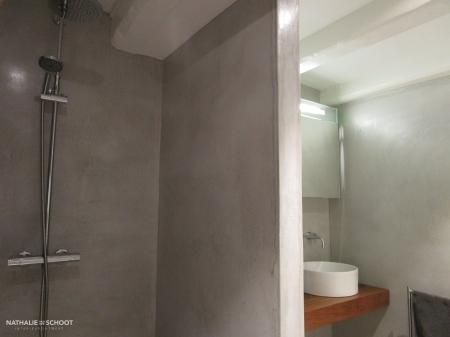 VERBAU-betonstuc, badkamer in #01/128 steenkool